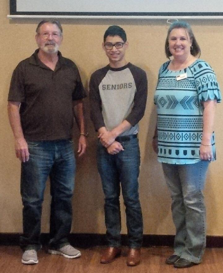 Ismael Scholarship Recipient 2015